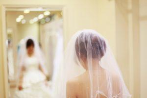花嫁 背中 ブツブツ